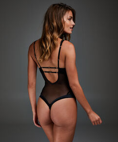 Body Kayla, Noir