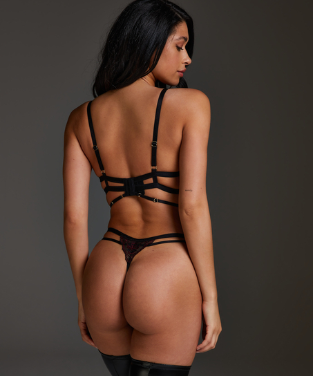 String Piper, Noir