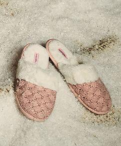Pantoufles tricotées, Rose